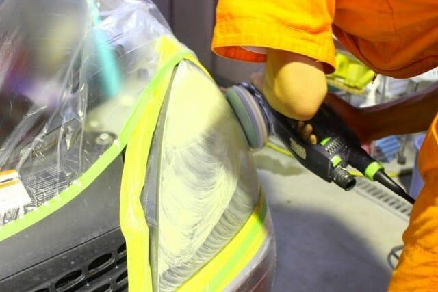 ヘッドライト磨き黄ばみとり DIY 施工事例