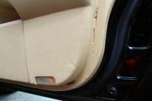 車 内装 リペア シートベルトで破損