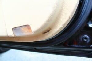 車 ドア内装 リペア 前