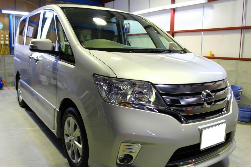 新車コーティング 日産セレナ シルバー