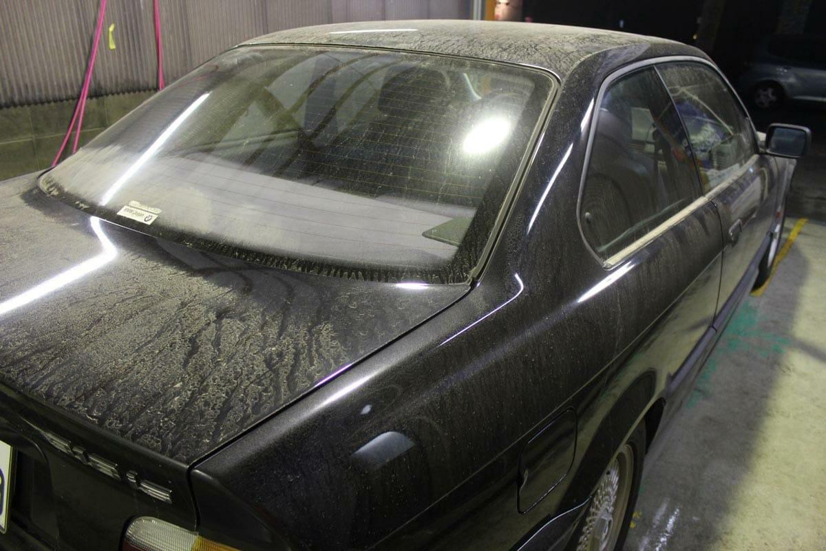 火山灰 洗車方法 洗車前画像