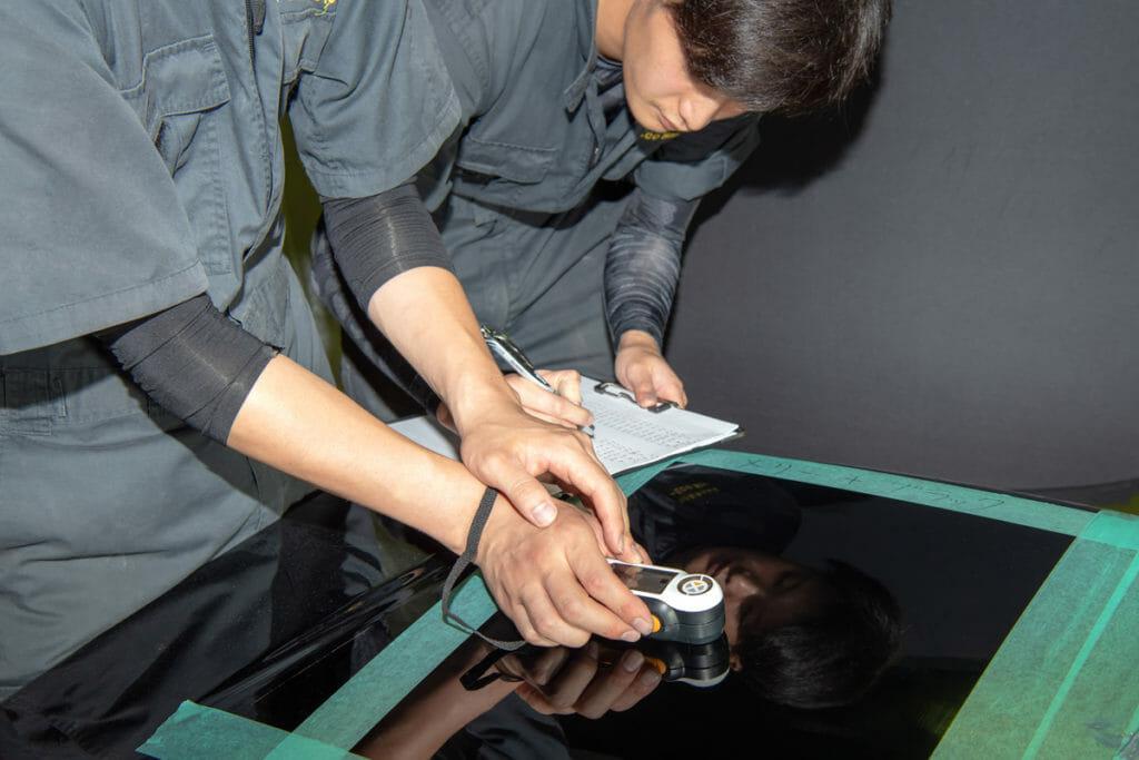 車のコーティングで艶を最大限に引き出す研磨技術とは?